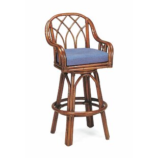 Edgewater 24 Swivel Bar Stool