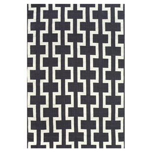 Sargasso Hand Woven Black/White Indoor/Outdoor Area Rug