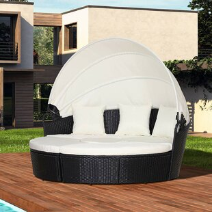 Shynel Garden Daybed With Cushions Image