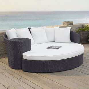 Dinah Daybed With Cushions by Highland Dunes Modern