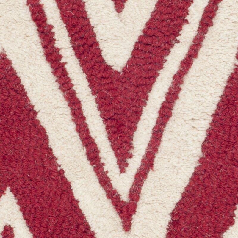 safavieh handgefertigter teppich quinn aus wolle in rot elfenbein bewertungen. Black Bedroom Furniture Sets. Home Design Ideas
