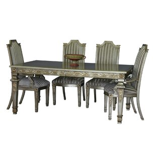 Middleburgh Extendable Solid Wood Dining Table by Astoria Grand
