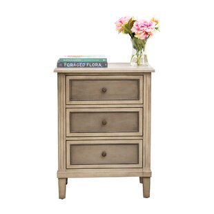 Imogen 3 Drawer Accent Chest by August Grove