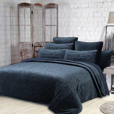 Greyleigh Bremond Quilt Set Size FullQueen Quilt 2 Shams