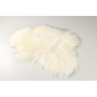 Icelandic Sheep White Rug Image