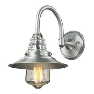 Cearley 1-Light Outdoor Barn Light