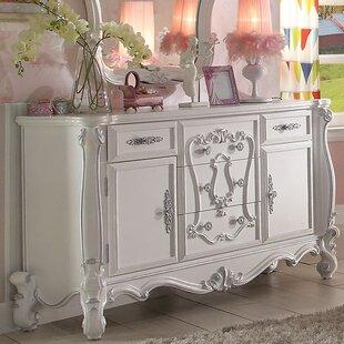 A&J Homes Studio Ludden 5 Combo Drawer Dresser