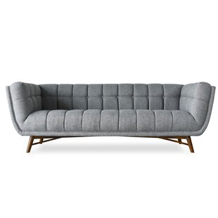 Claris Mid-Century Modern Chesterfield Sofa by Everly Quinn