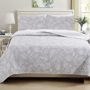 Provost Floral Printed Reversible Quilt Set