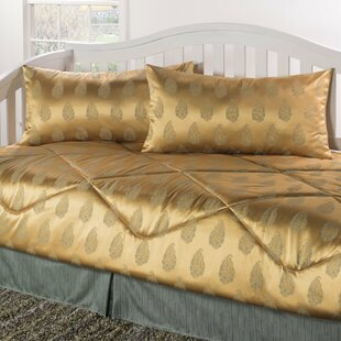 Lunado 4 Piece Comforter Set