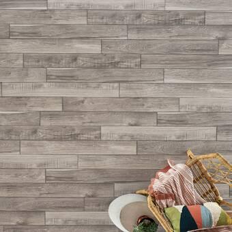 X 12mm Hickory Laminate Flooring