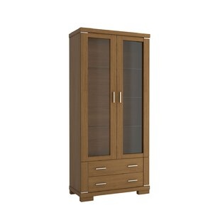 Review Warkentin Display Cabinet