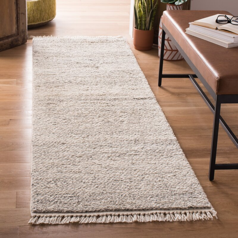 Pearcy Hand Knotted Wool Gray Area Rug