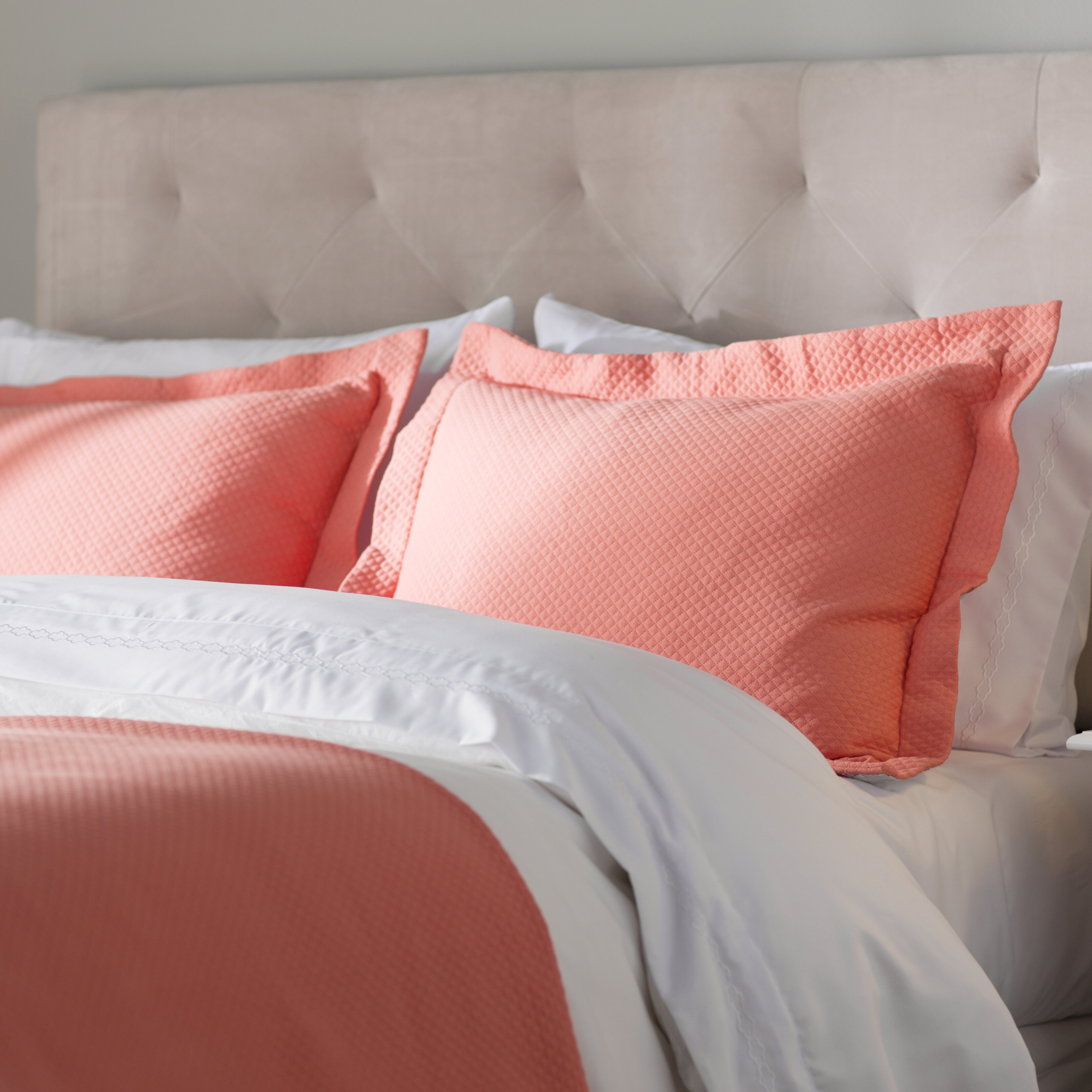 100/% COTTON HAMPTON BASKET WEAVE PATTERN HOTEL MATELASSE WHITE EURO SHAM