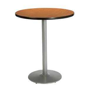30 Round Table KFI Seating