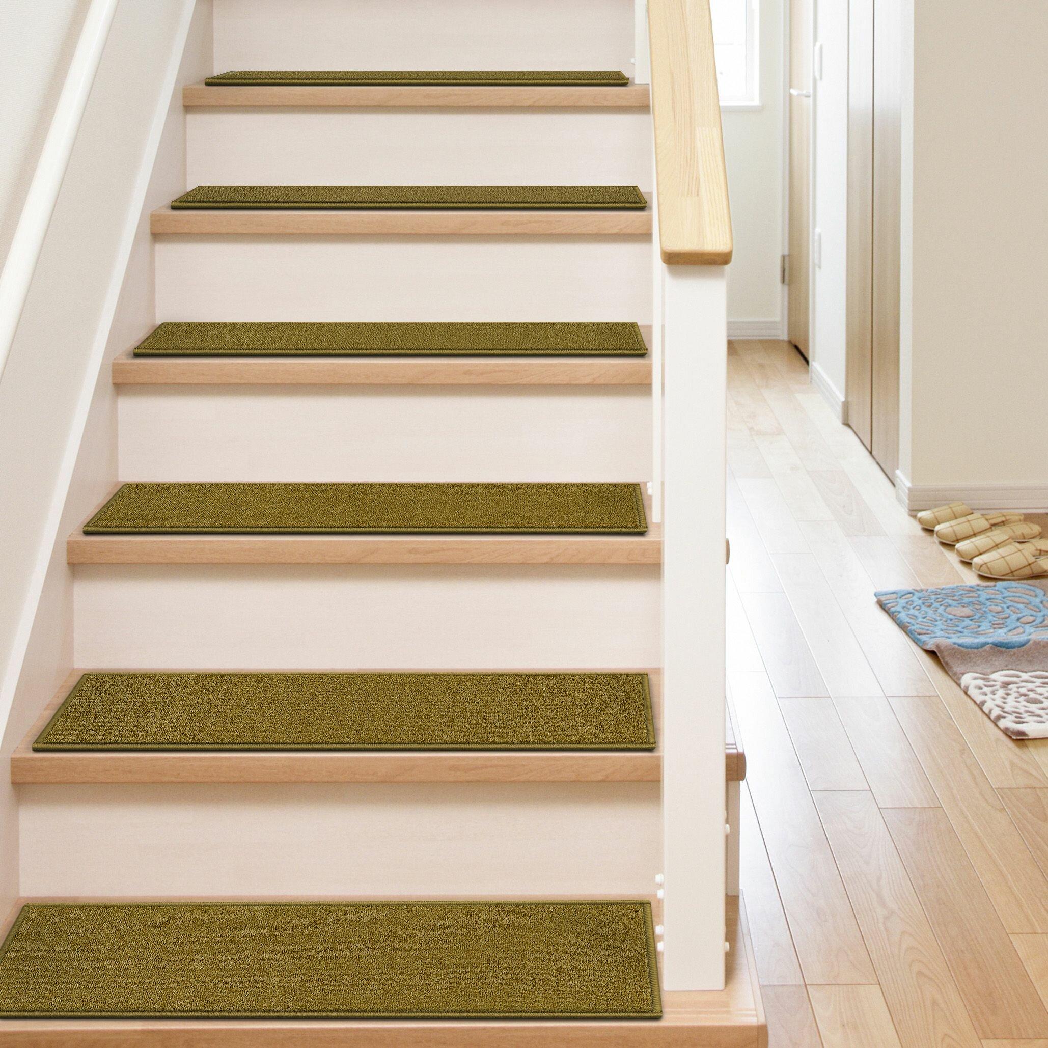 Antidérapant Pour Escalier En Bois tapis d'escalier antidérapant uni kings court warby