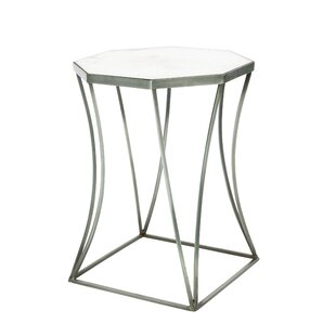 Cuadrado End Table