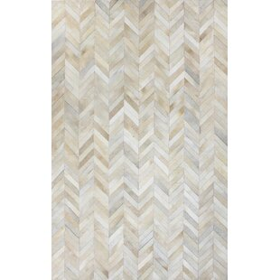 Reviews Leslie Flat woven White Area Rug By Wade Logan