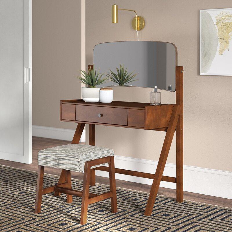Avienda Vanity Set with Mirror