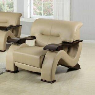 Beverly Fine Furniture Ace Club Chair
