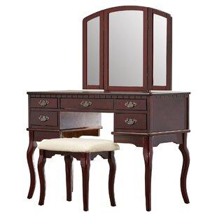 Umstead 3 Piece Vanity Set with Mirror
