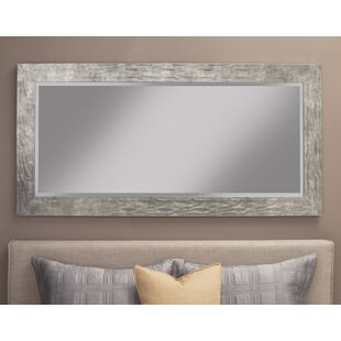 Beckette Hammered Coastal Beveled Distressed Bathroom/Vanity Mirror by Rosecliff Heights