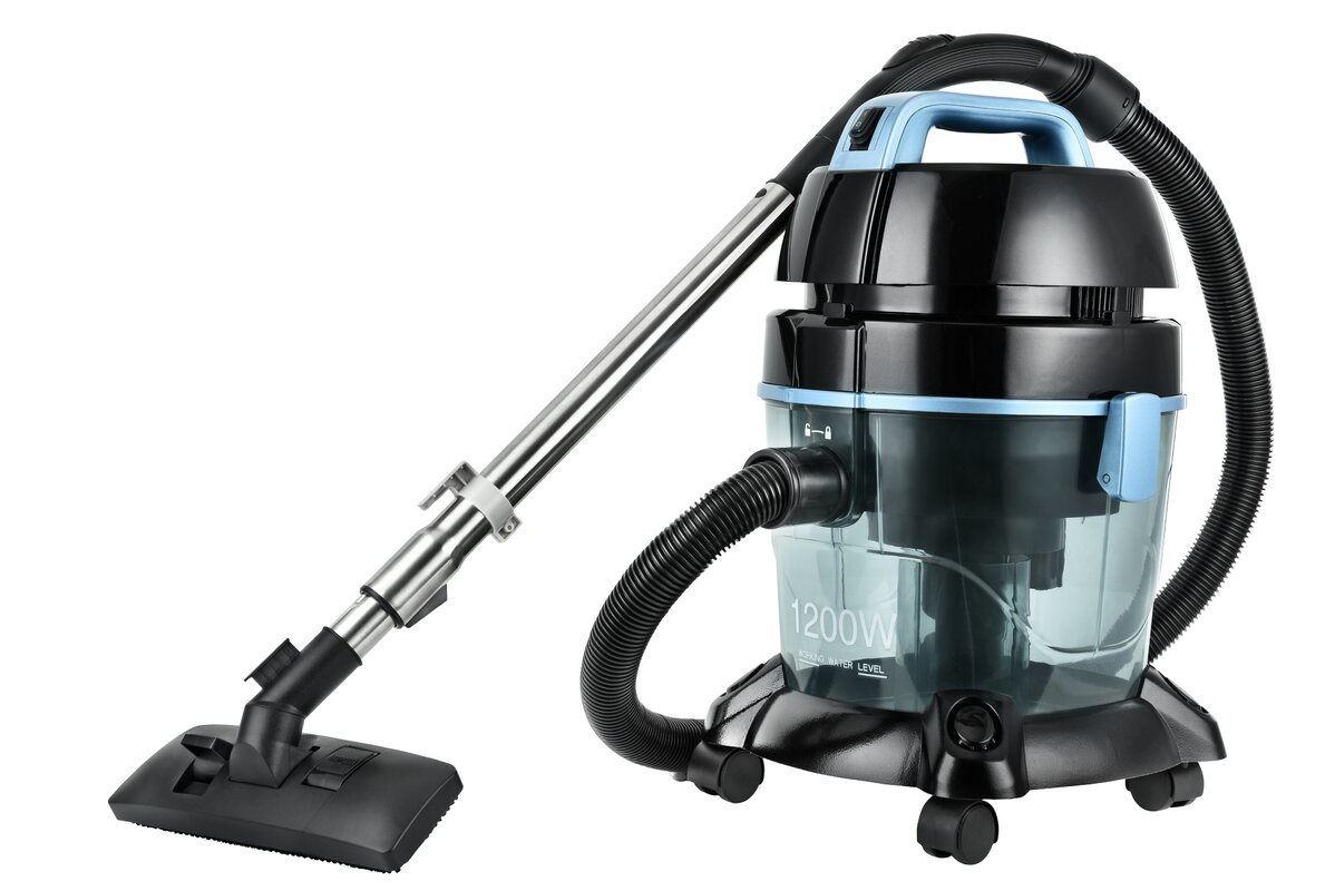Captivating Pure Air Water Filtration Bagless Vacuum Cleaner