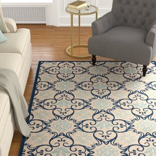 Oriana Ivory/Navy Indoor/Outdoor Area Rug