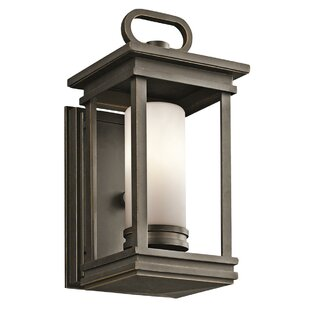 Minturn 1-Light Outdoor Sconce by Loon Peak
