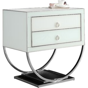 Le Side Table