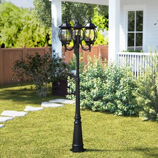 Berrier 85 Lamp Post