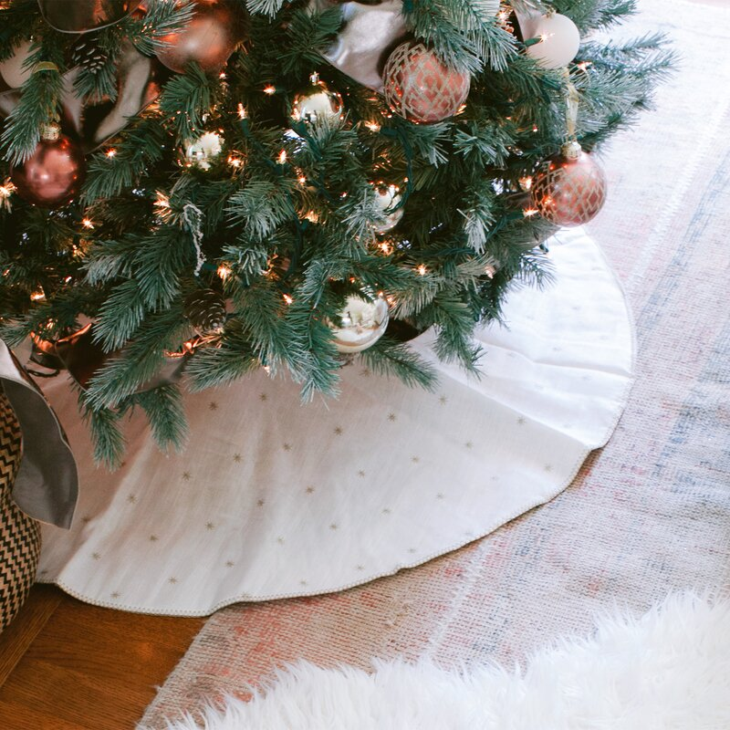 christmas tree skirts & collars