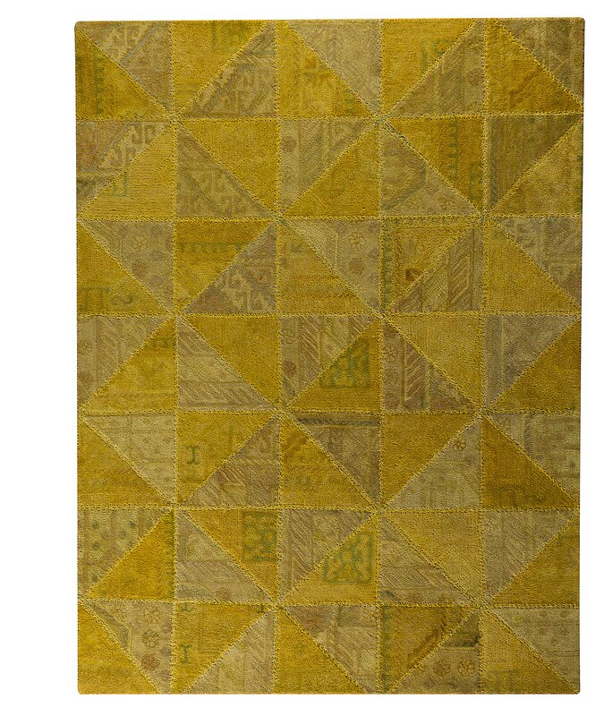 Tile Viviana Light Gold Area Rug