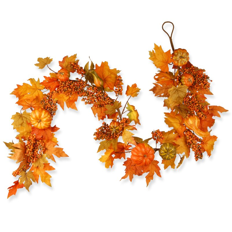 Harvest Maple Leaf, Pumpkin and Berry Garland