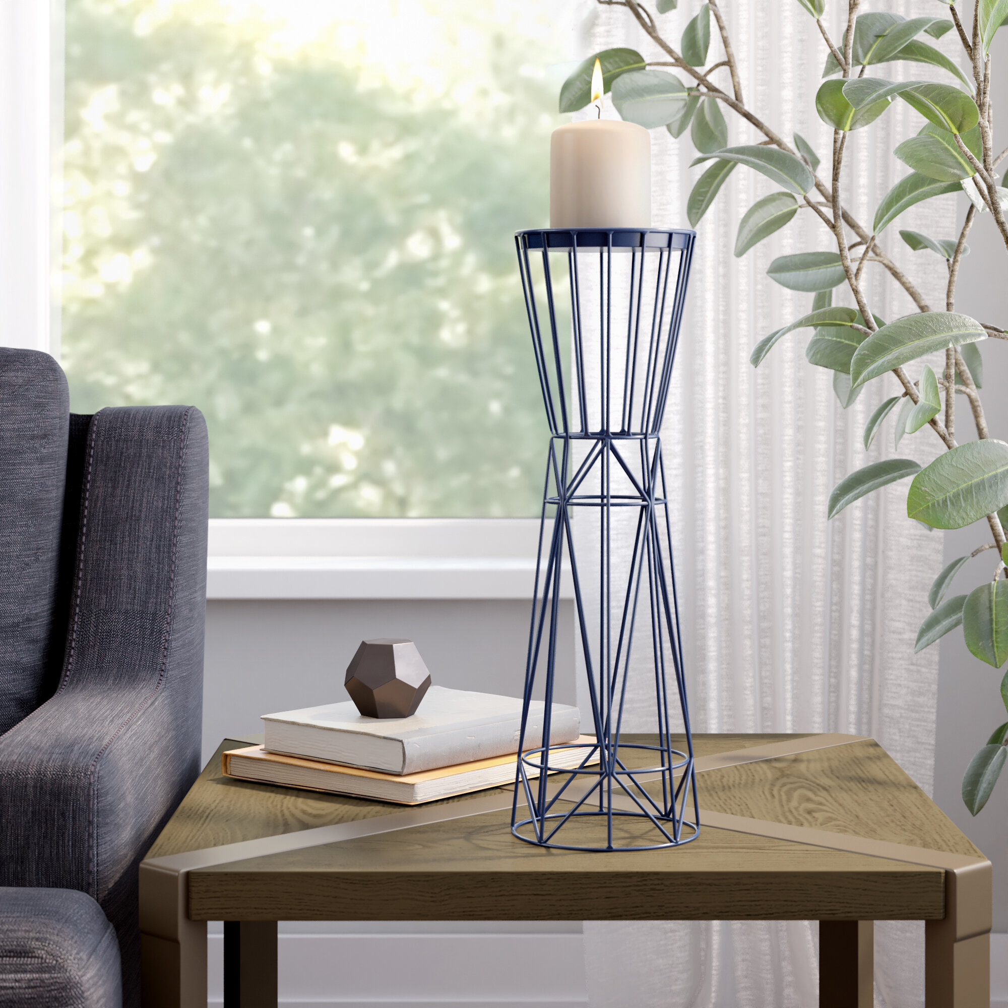 Ivy Bronx Contemporary Iron Candle