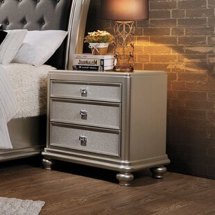 Wapakoneta 3 Drawer Nightstand by Rosdorf Park