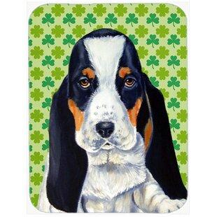 Shamrock Lucky Irish Basset Hound St. Patrick's Day Portrait Glass Cutting Board ByCaroline's Treasures