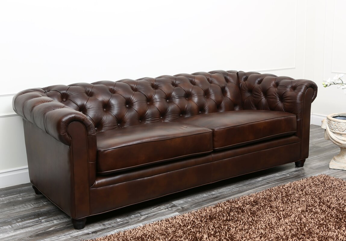 Superbe Harlem Leather Chesterfield Sofa