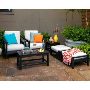 Club 6-Piece Set with Pillows