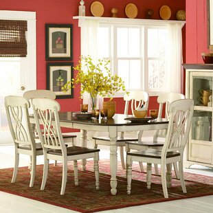 Scottville Extendable Dining Table