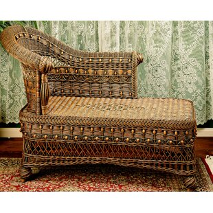 Yesteryear Wicker Classic Chaise Lounge