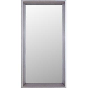 Mirrorize.ca Plastic Accent Mirror
