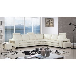 Orren Ellis Hengrove Sectional with Ottoman
