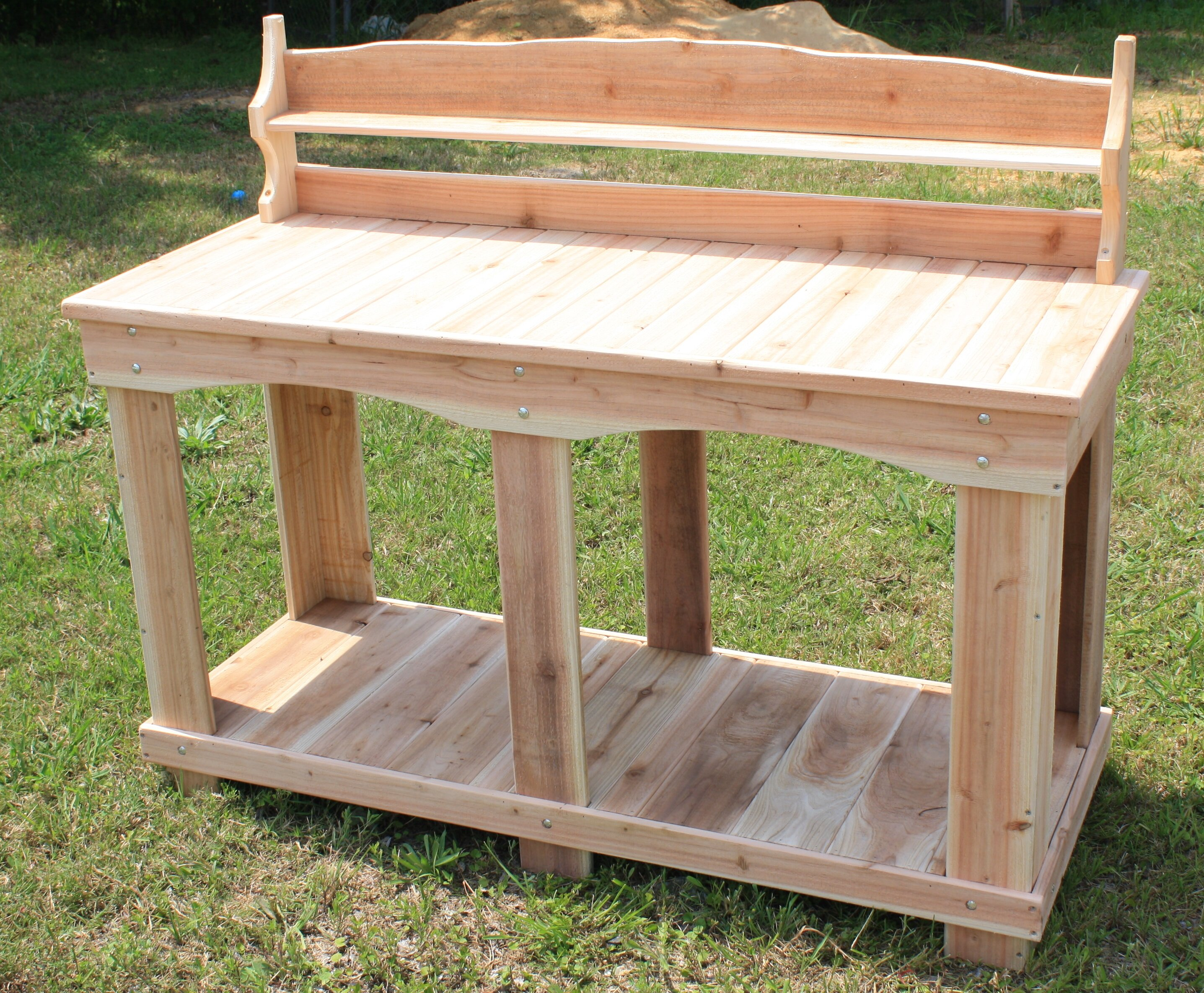 and cedar with table gardeners sink soil from made pallets potting shelves bench