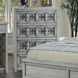 Northwoods 4 drawer Chest by Bungalow Rose