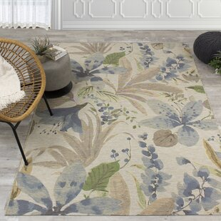 Guidry Flowers Cream/Blue Indoor/Outdoor Area Rug