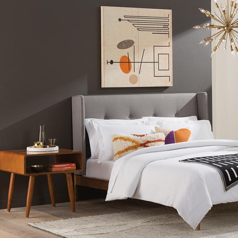 Mid Century Design Furniture: Modern Mid-Century Bedroom