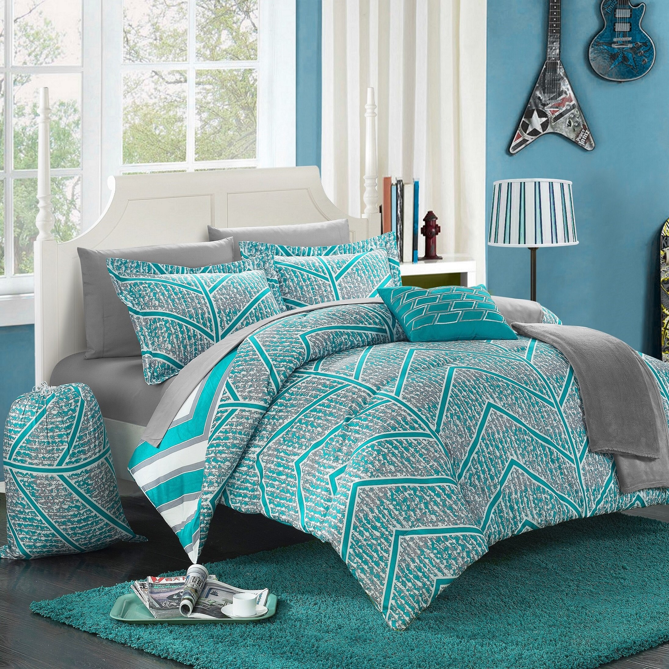 Garey Microfiber Reversible Modern & Contemporary 11 Piece Comforter Set