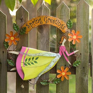 Handcrafted Iron Angel Wreath Garden Sign by Glitzhome