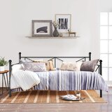 Manassas Vecelo Twin Daybed by Gracie Oaks